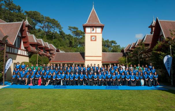 CESINE gradúa a su XXI Promoción de titulados universitarios