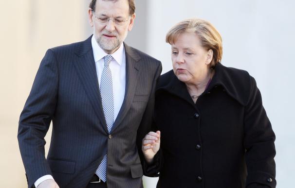 Así se entienden Mariano Rajoy y Angela Merkel