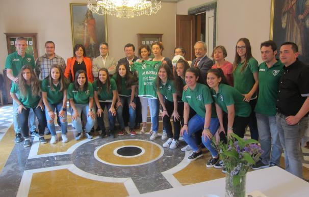 El Oviedo Moderno pide el apoyo municipal ante su posible incorporación a la estructura del Real Oviedo