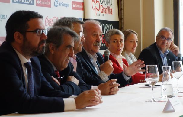 """Vicente del Bosque presenta una nueva edición de su campus como """"herramienta para la educación"""""""