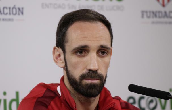 """Juanfran: """"El destino ya no nos debe una 'Champions', sino dos"""""""