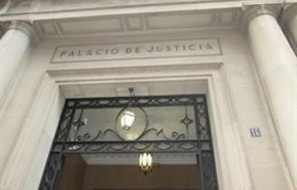 La Audiencia juzga este lunes a una madre acusada de prostituir a sus hijas menores