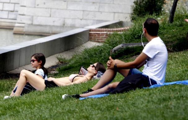 La Xunta pone en marcha el plan para reducir el impacto sobre la salud de las olas de calor