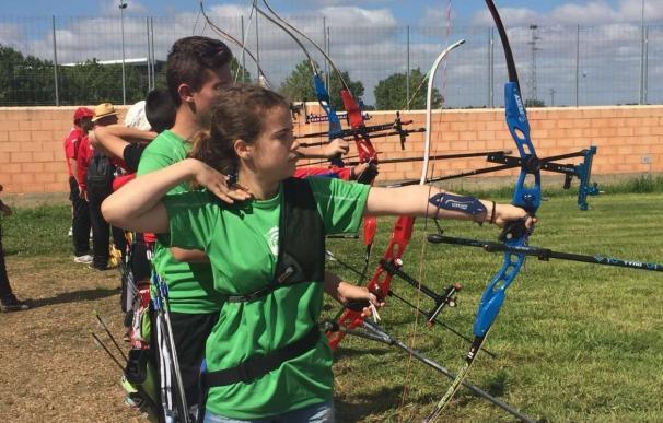 """Más de 2.000 alumnos participan en Badajoz en las Olimpiadas Escolares de Extremadura en un """"gran ambiente deportivo"""""""