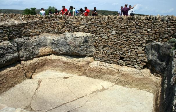Un taller de empleo recupera el pasado íbero-romano del Morrón del Cid