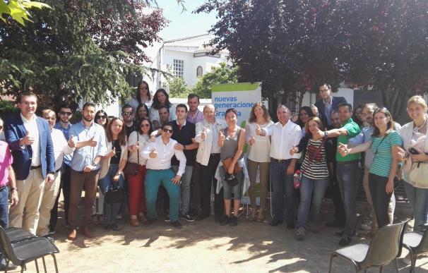 """El PP sitúa el empleo y las políticas educativas como las dos """"claves"""" de la campaña joven"""