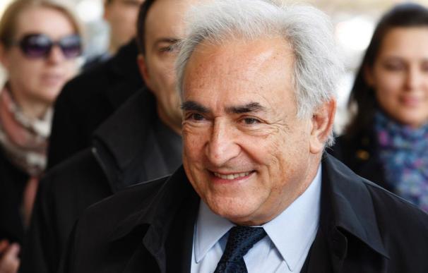 La justicia francesa no prohíbe la publicación del libro de la examante de DSK