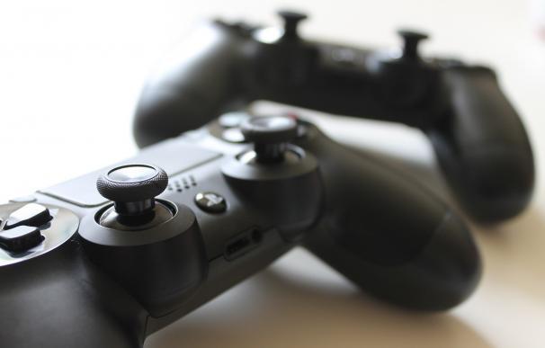Los videojuegos facturan más de mil millones de euros en España en 2015