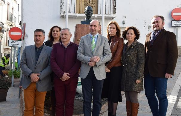 """El PSOE pedirá que Diputación cumpla sus compromisos con Casares y """"haga justicia con la figura de Blas Infante"""""""