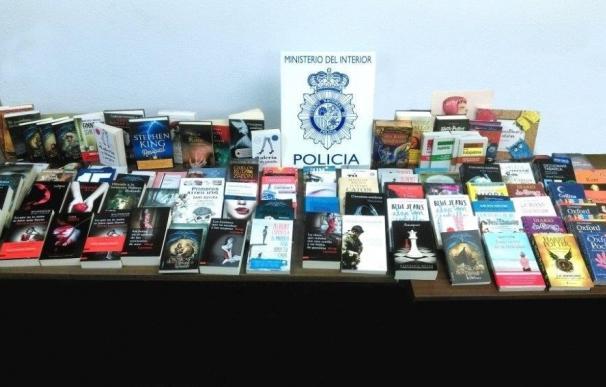 Detenidas dos personas por hutar más de 500 libros del almacén donde trabajaban y venderlos a 10 €