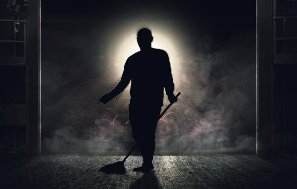 Jon Arráez presenta en Teror (Gran Canaria) su obra más personal, 'Backstage'