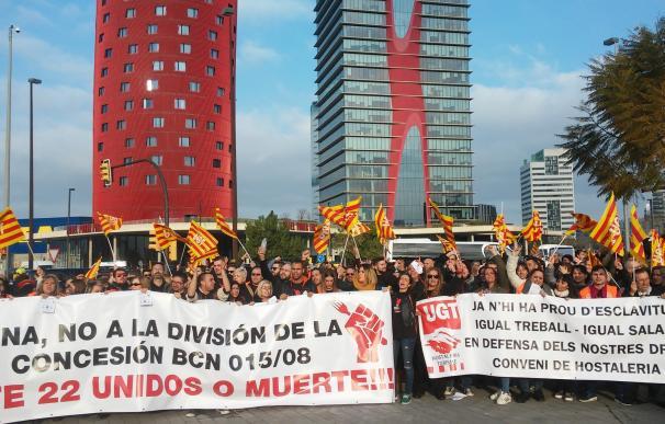 Trabajadores de hostelería se concentran para protestar contra la precariedad laboral