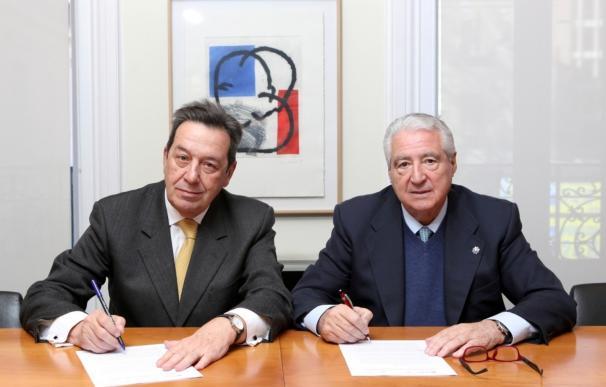 Arquia Banca y Cáritas constituyen un programa de actuación para la mejora de viviendas de familias vulnerables