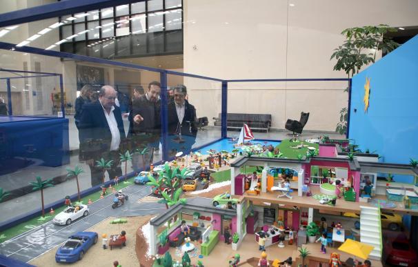 La exposición de Playmobil reúne en Marbella más de 100.00 piezas y la maqueta de mayor tamaño de España