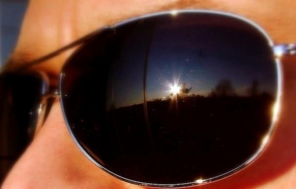 El 46% de los conductores no se revisa su visión y el 33% no se protege del sol, según los ópticos-optometristas