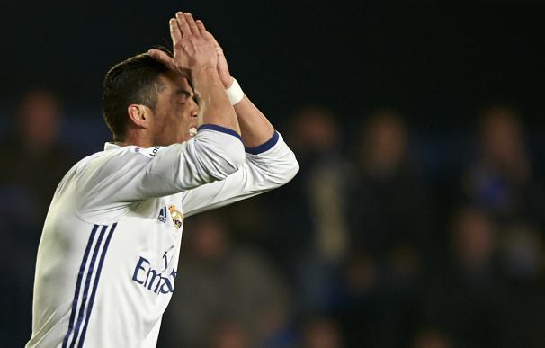 Ronaldo se lamenta de una acción en el encuentro frente al Villarreal.