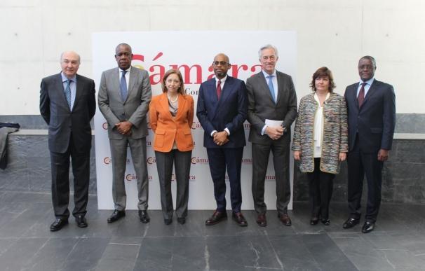 Angola busca inversión española y se compromete a regularizar la deuda pendiente con empresarios
