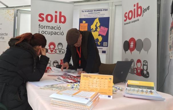 Casi 300 jóvenes trabajarán en ayuntamientos y los Consells gracias al programa del SOIB Joven