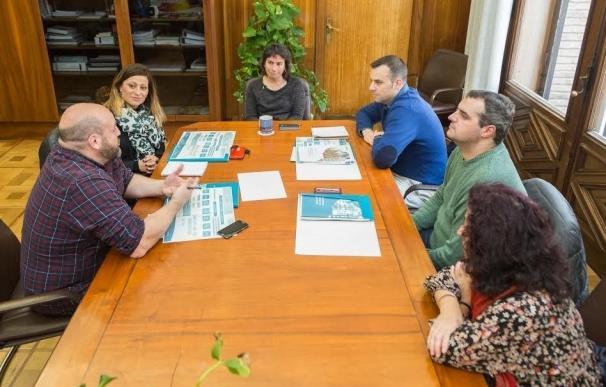 Técnicos del Ayuntamiento de Marbella conocer el funcionamiento de los servicios sociales