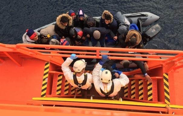 Casi 1.300 personas llegan a las costas andaluzas en lo que va de año, el doble que en el mismo periodo de 2016