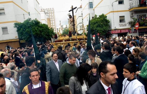 Sevilla acaba una Semana Santa con más de treinta procesiones suspendidas por lluvia