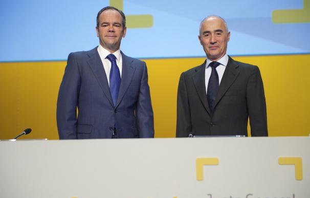 Rafael del Pino gana 15,2 millones como presidente de Ferrovial en 2016 al recibir 'stock options'