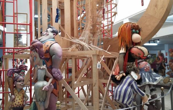 Ayuntamiento de València y artistas acuerdan mejorar la formación y fomentar la actividad del gremio todo el año