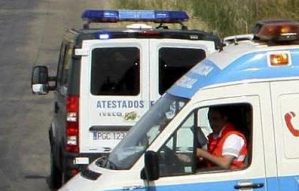 Un muerto y un herido grave al salirse el coche de la carretera en Valladolid