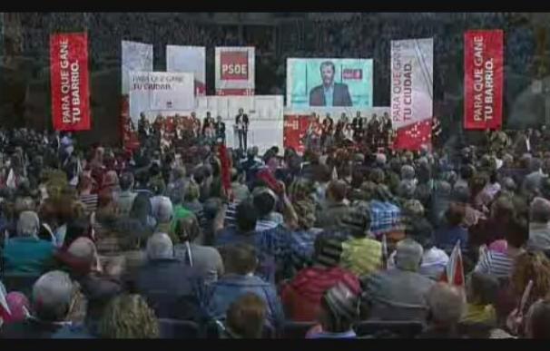 """Zapatero insta al PP a """"callar la boca"""" al hablar de la televisión pública"""