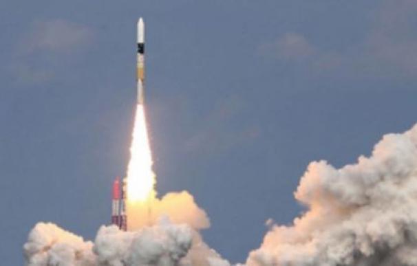 Corea del Norte desafía a Trump con el lanzamiento de un misil de medio alcance