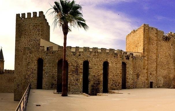 Lopera finaliza las obras del centro de interpretación de su Castillo