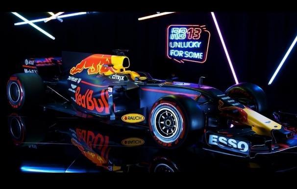 Red Bull presenta su 'RB13' para intentar luchar con Mercedes