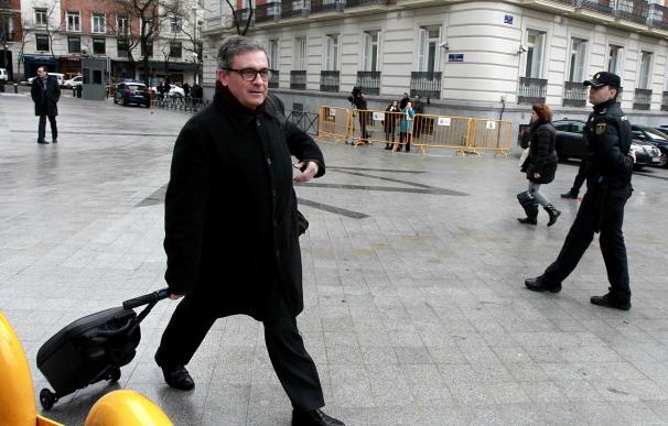 Jordi Pujol pidió al mayor de sus hijos que indagara con un banquero jubilado si se les investigaban en Andorra