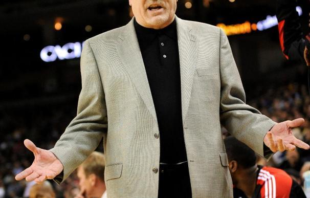 Adelman no renovará como entrenador con los Rockets