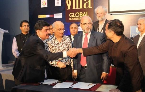 Casa de la India de Valladolid firma un convenio con la Asociación de Productores de cine Bollywood y la Spain Film Comm
