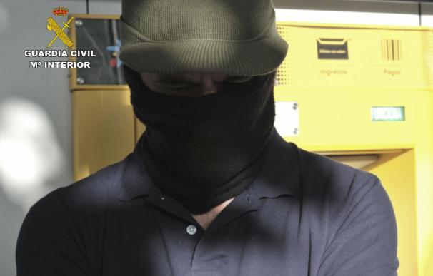 Guardia Civil destapa una denuncia falsa y dos estafas que culminan con tres detenidos en Cieza