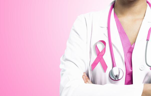 Utilizan un programa de rehabilitación por Internet para mejorar la calidad de vida de mujeres con cáncer de mama
