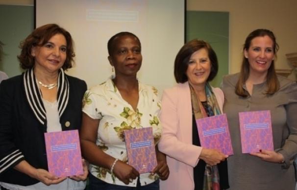 Andalucía elabora una guía destinada a profesionales para prevenir y actuar ante la mutilación genital femenina