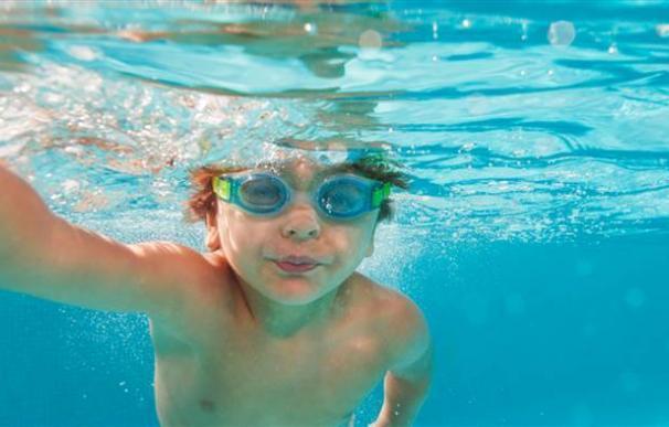 Ahogamiento secundario, o el riesgo de muerte inesperada horas después de nadar en la piscina