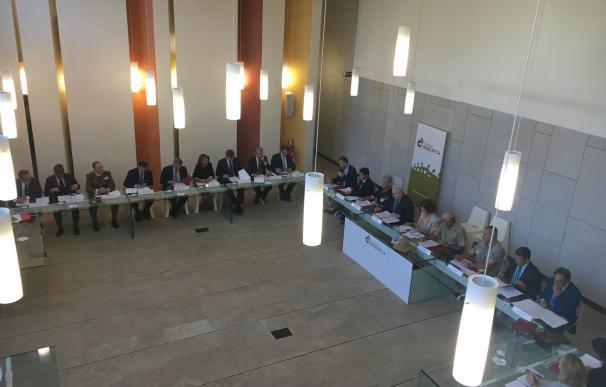La Reina Sofía preside la reunión anual del Patronato de la Fundación Atapuerca
