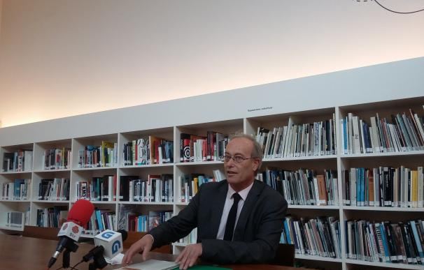 """El CGAC inaugura tres muestras que """"releen"""" el estado de excepción, el coleccionismo público y el mundo contemporáneo"""