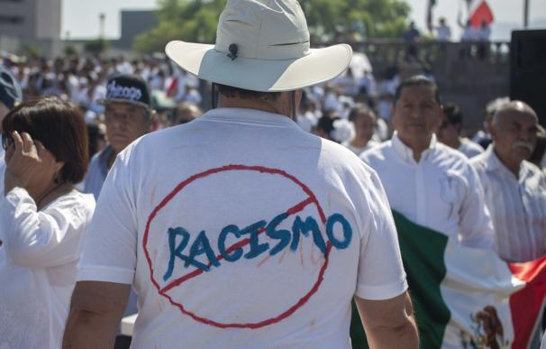 Miles de mexicanos salieron a las calles a protestar contra Trump y su muro