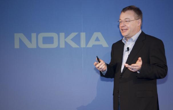Nokia perdió 1.572 millones de euros y recortó un 29% sus ventas en el primer trimestre de 2012