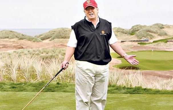 Abe y Trump tratarán de mejorar sus relaciones mientras juegan al golf