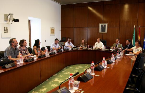 La comisión de formación acuerda cerrar la fase de comparecencias y grupos presentarán conclusiones en septiembre