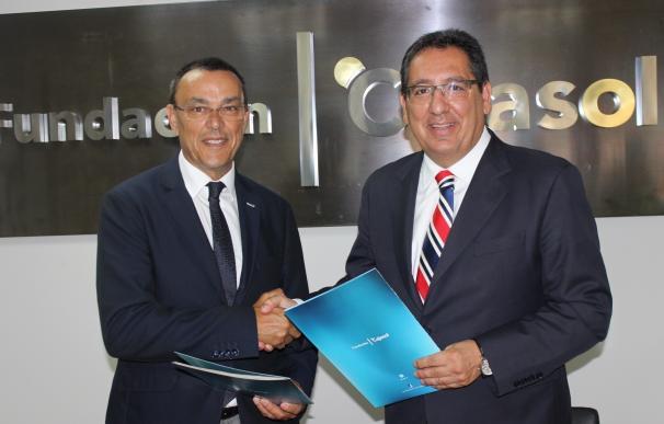 Fundación Cajasol y Famsi firman un convenio para fomentar iniciativas de economía social