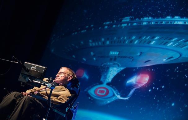 """Stephen Hawking: """"No podremos sobrevivir sin abandonar nuestro frágil planeta"""""""
