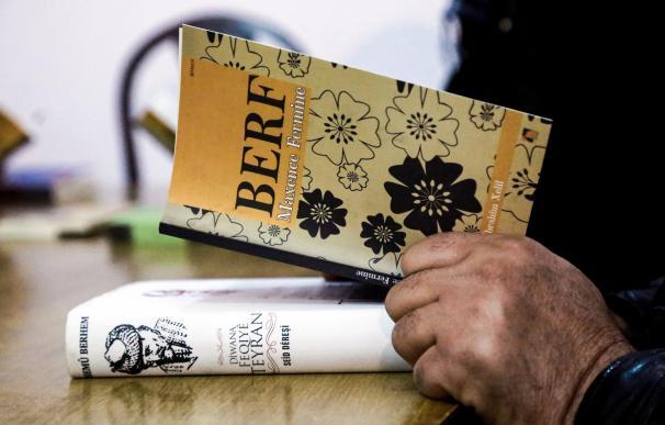 Los kurdos de Siria por fin pueden leer novelas extranjeras en su lengua