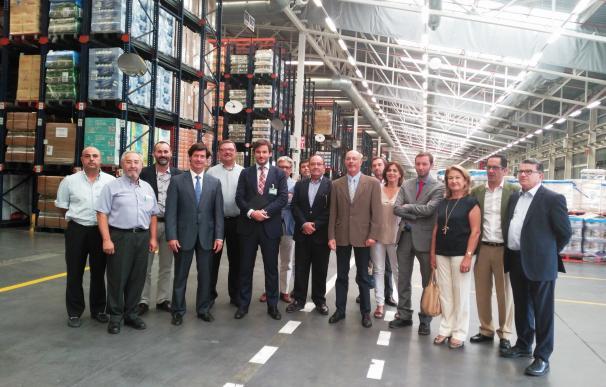 """Visita de la CES al centro logístico de Mercadona en respaldo a su """"apuesta"""" por los proveedores sevillanos"""