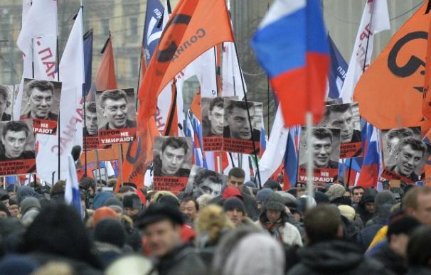 Las calles de Moscú se llenan de retratos de Nemtsov